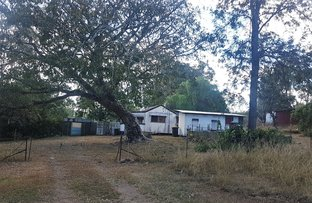 Picture of 11 Racecourse Rd, Mount Morgan QLD 4714