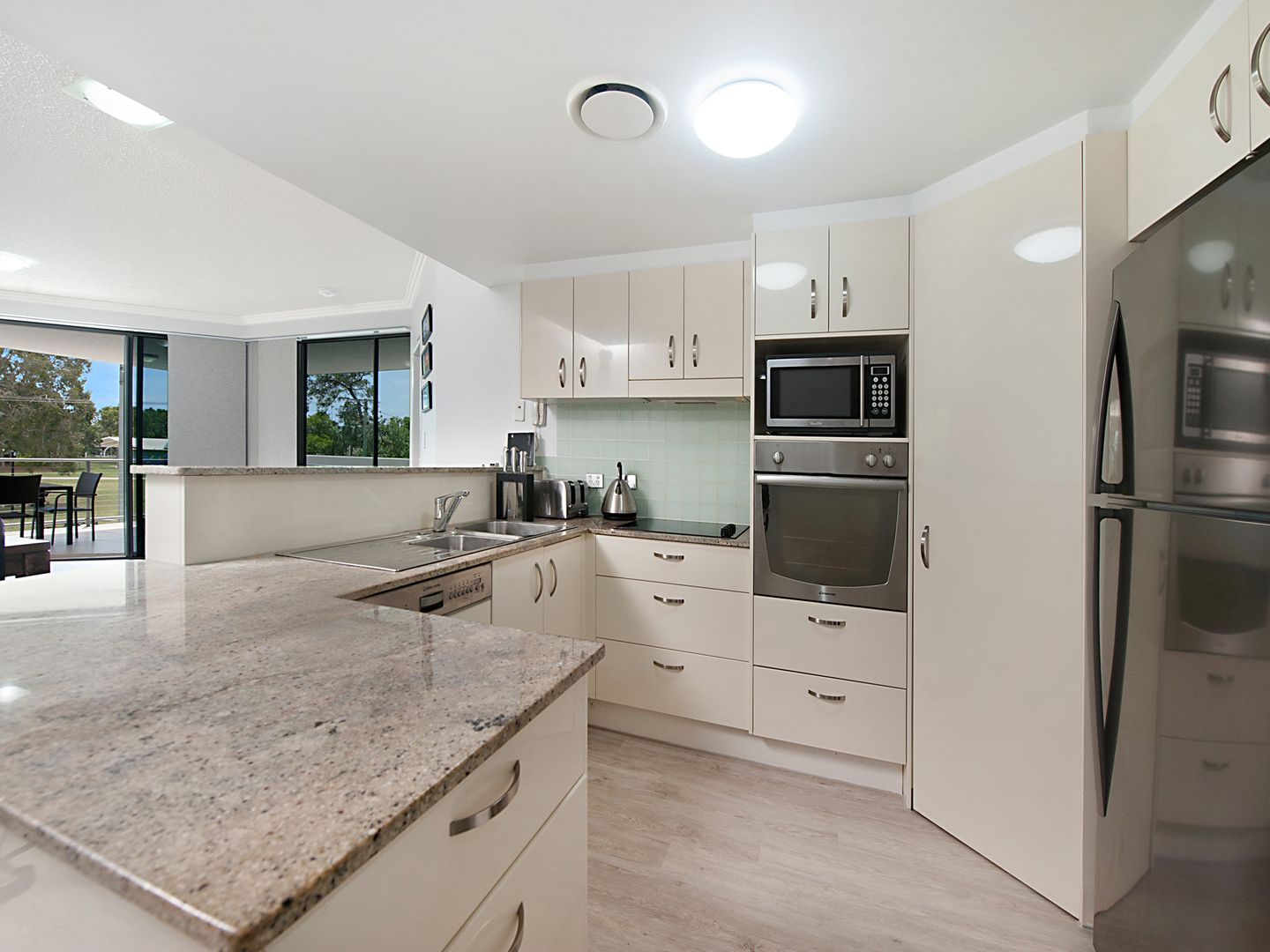 3/21 The Esplanade, Cotton Tree QLD 4558, Image 2