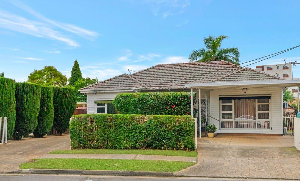 32 Kenyon Street, Fairfield NSW 2165, Image 0