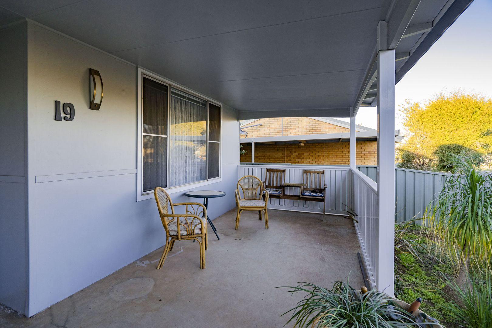 19 Dalgetty  Street, Narrandera NSW 2700, Image 1