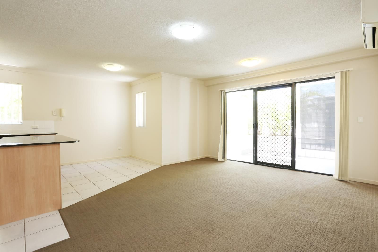 5/46-48 Lennerberg Street, Southport QLD 4215, Image 2