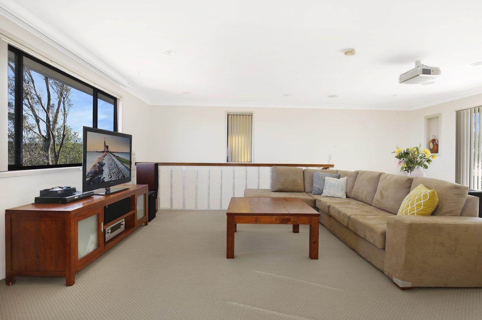 76 Beatus Street, Unanderra NSW 2526, Image 2