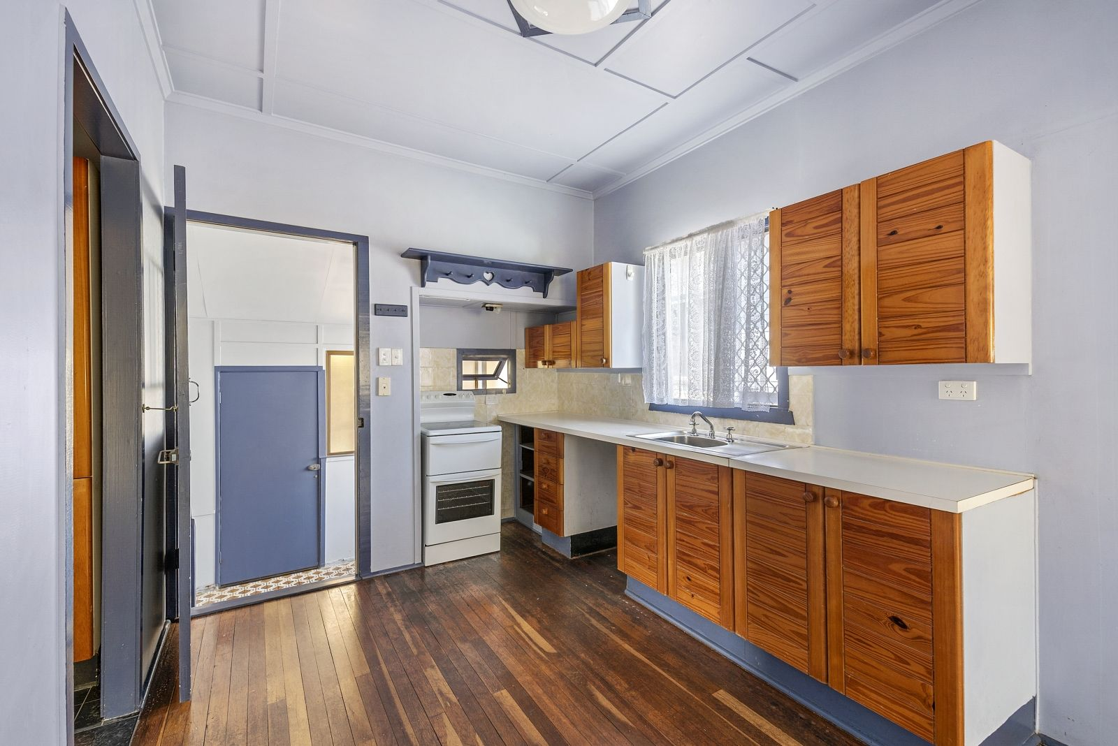 28 Annie Street, Woody Point QLD 4019, Image 1
