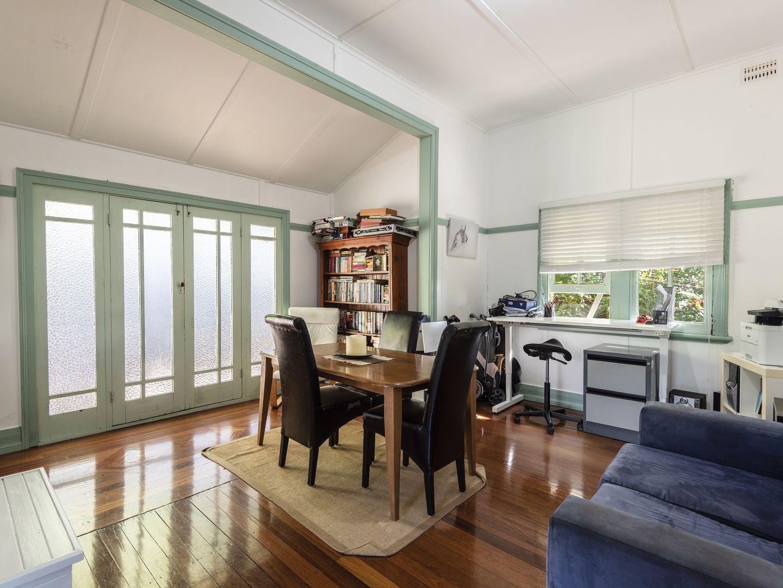 1 Daphne Street, Girards Hill NSW 2480, Image 2