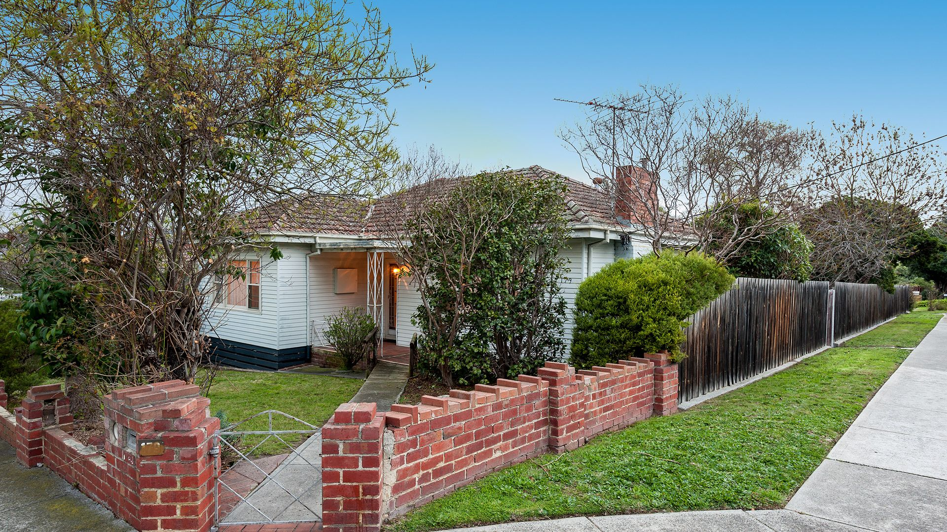 179 Henry Street, Greensborough VIC 3088, Image 2