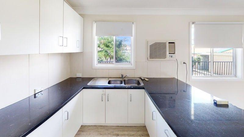 17 Ducker Street, Junee NSW 2663, Image 1