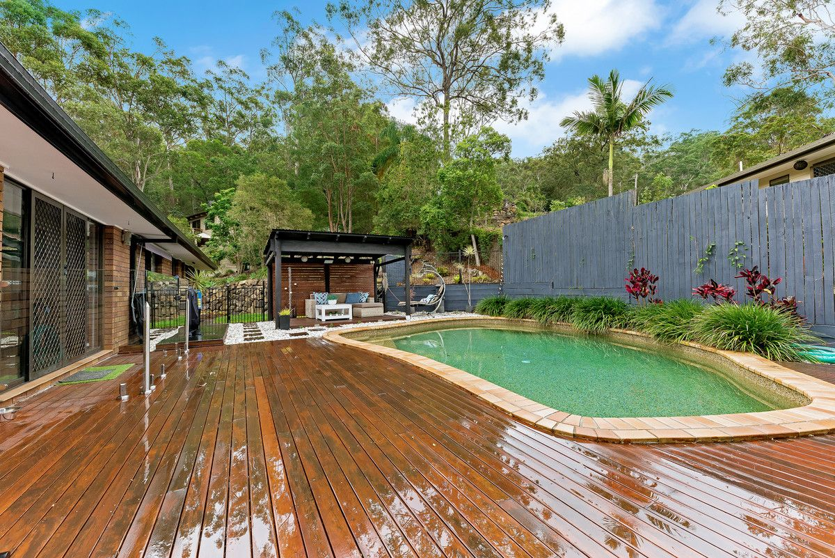 21 Glentrees Grove, Currumbin Waters QLD 4223, Image 1