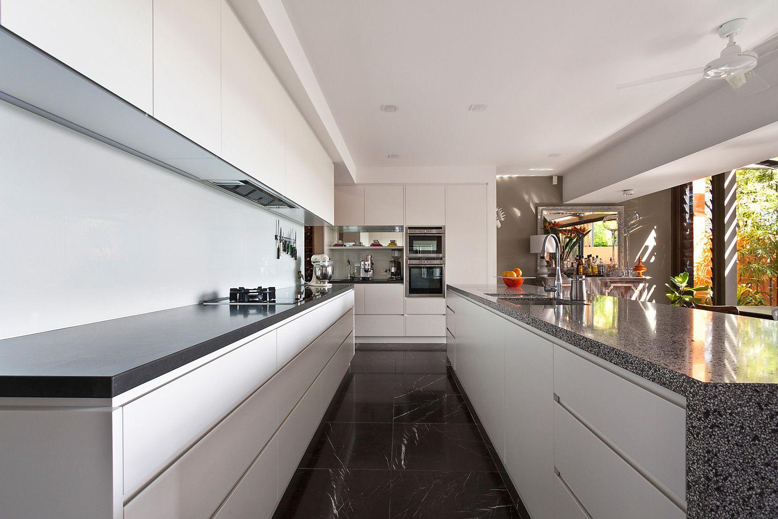 28 Thorne Street, Edgecliff NSW 2027, Image 2