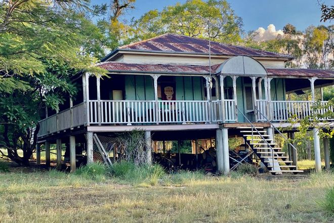 Picture of 6 South Street, ESK QLD 4312