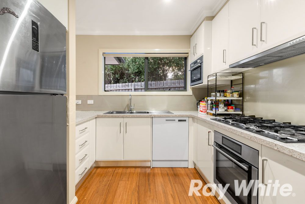2/3 Harlaw Court, Wheelers Hill VIC 3150, Image 2