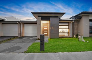 Picture of 94 Glenrose Boulevard, Clyde North VIC 3978