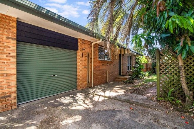 Picture of 1/23 Rosewood Avenue, BOGANGAR NSW 2488