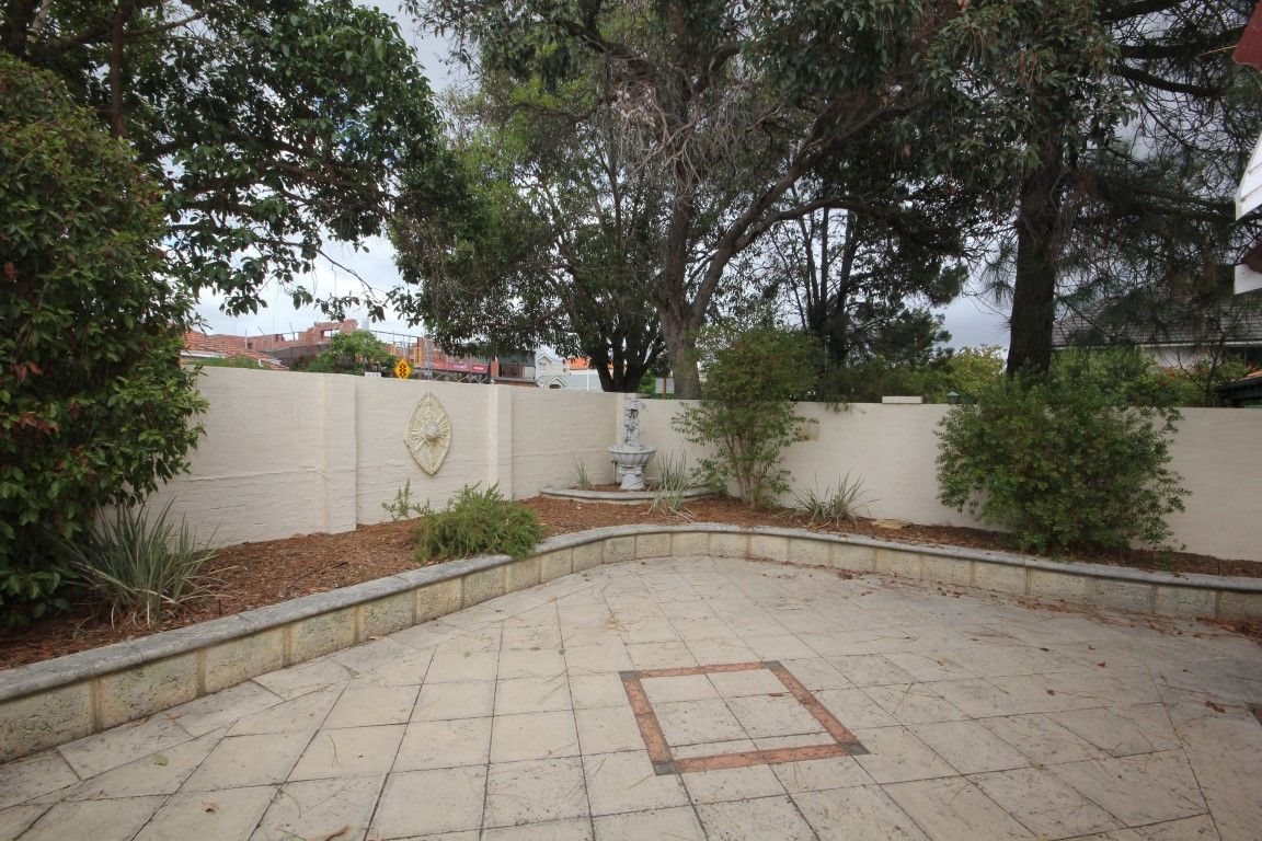 111 Coode Street, South Perth WA 6151, Image 2