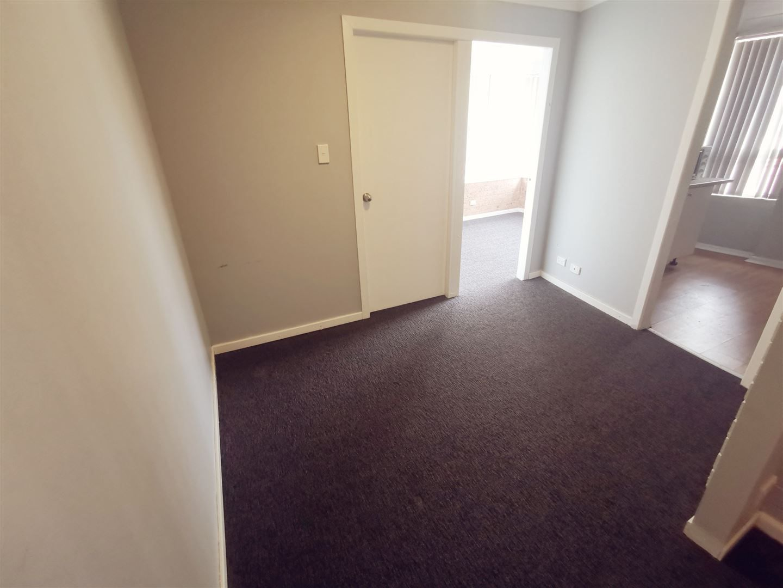 2/36 Johnson Avenue, Seven Hills NSW 2147, Image 1