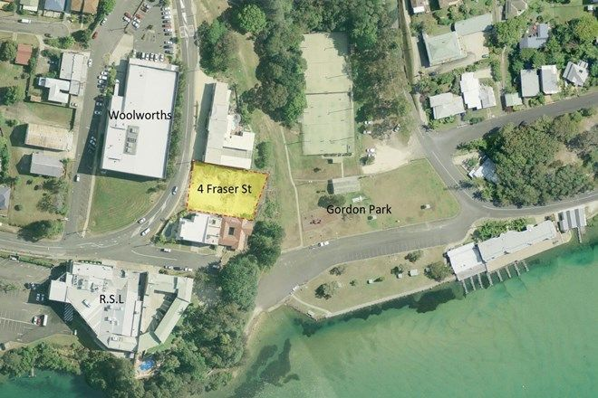 Picture of 4 Fraser Street, NAMBUCCA HEADS NSW 2448