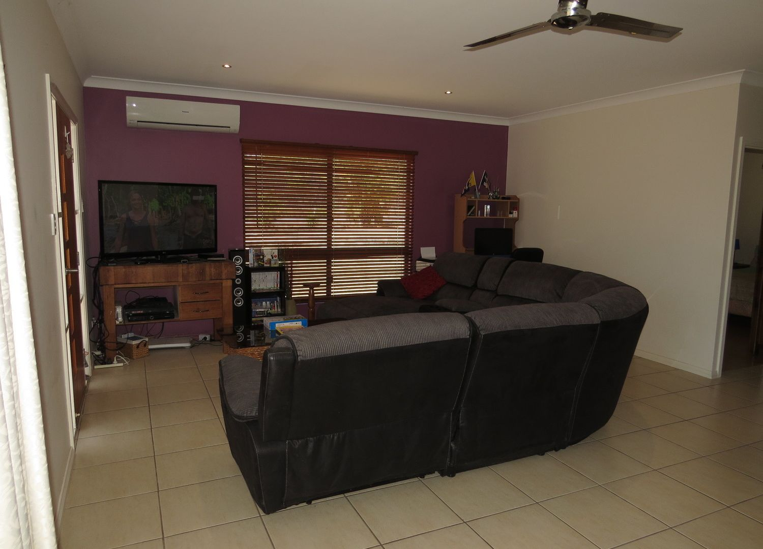 17 Bayview Crescent, Bowen QLD 4805, Image 2