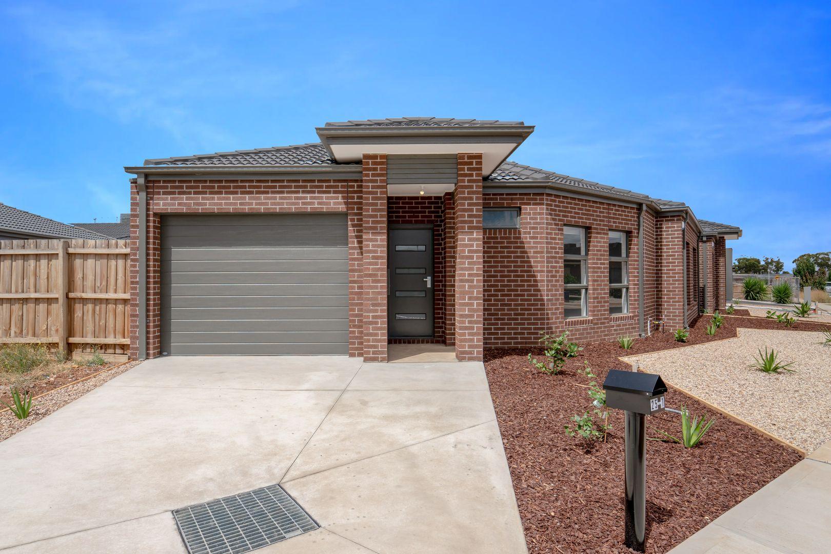 1/25 Cotton Field Way, Brookfield VIC 3338, Image 0