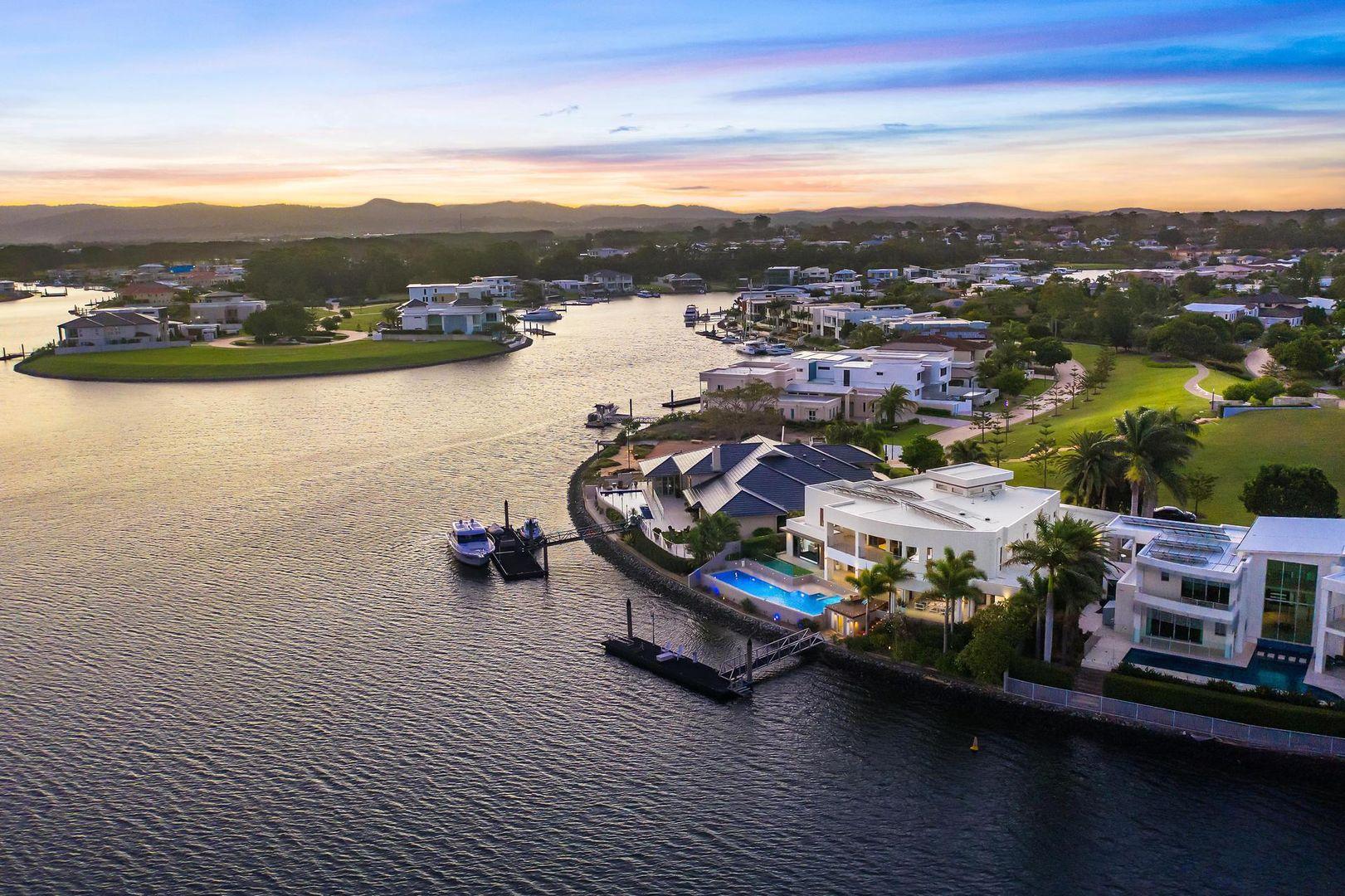 2074 The  Circle, Hope Island QLD 4212, Image 0