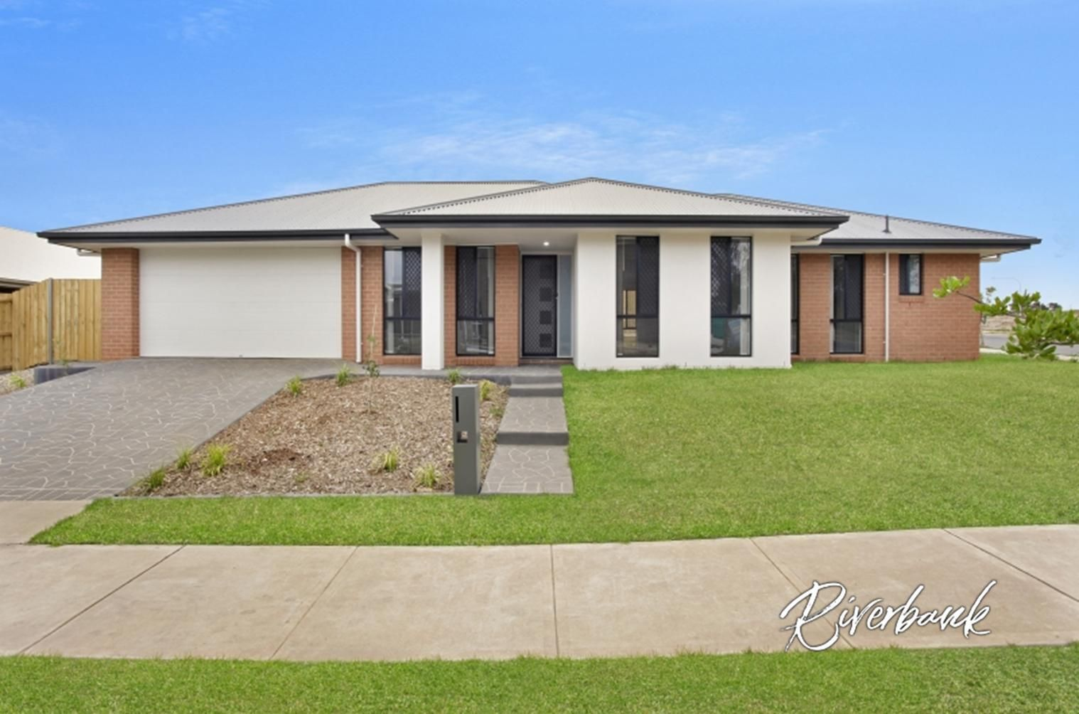 16 Vinny Road, Edmondson Park NSW 2174, Image 0