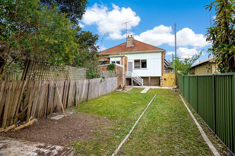 102 Minter Street, Canterbury NSW 2193, Image 2