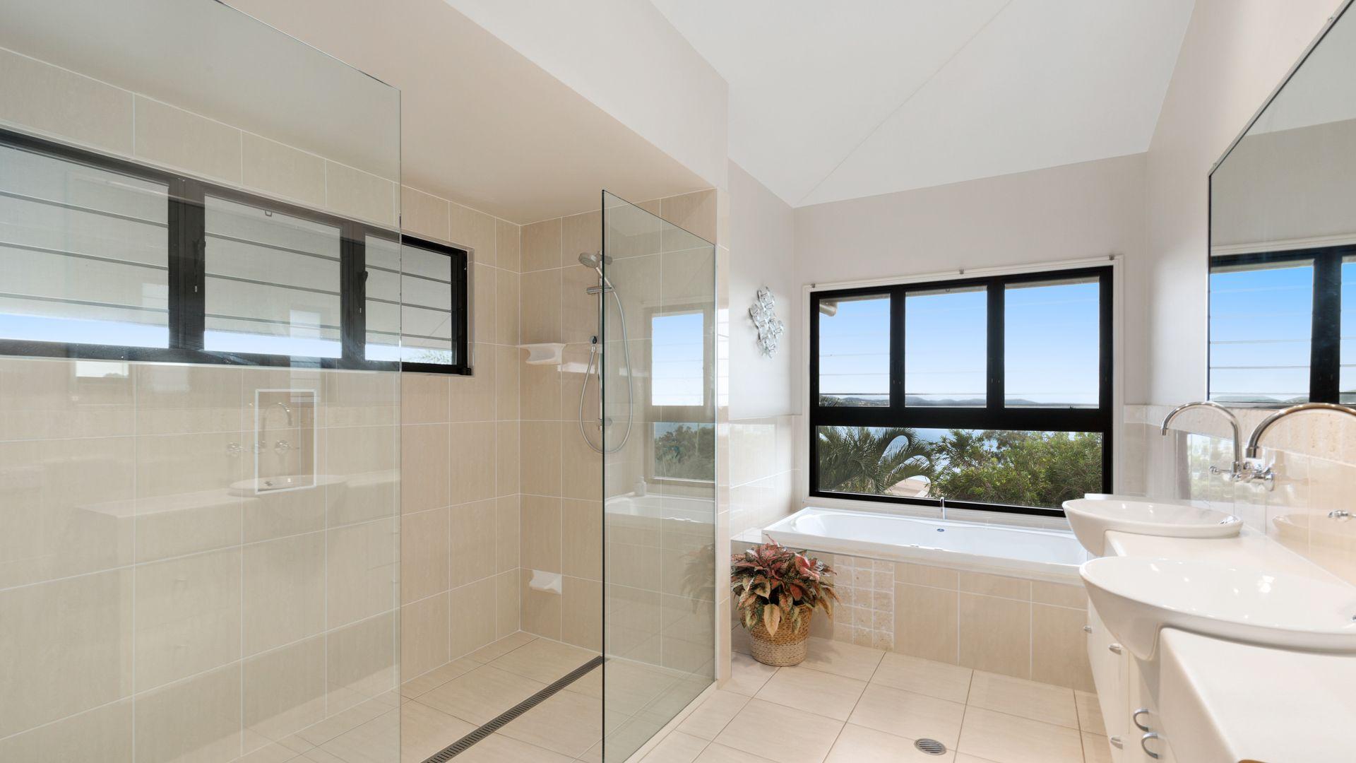 3 Buccaneer Avenue, Lammermoor QLD 4703, Image 1