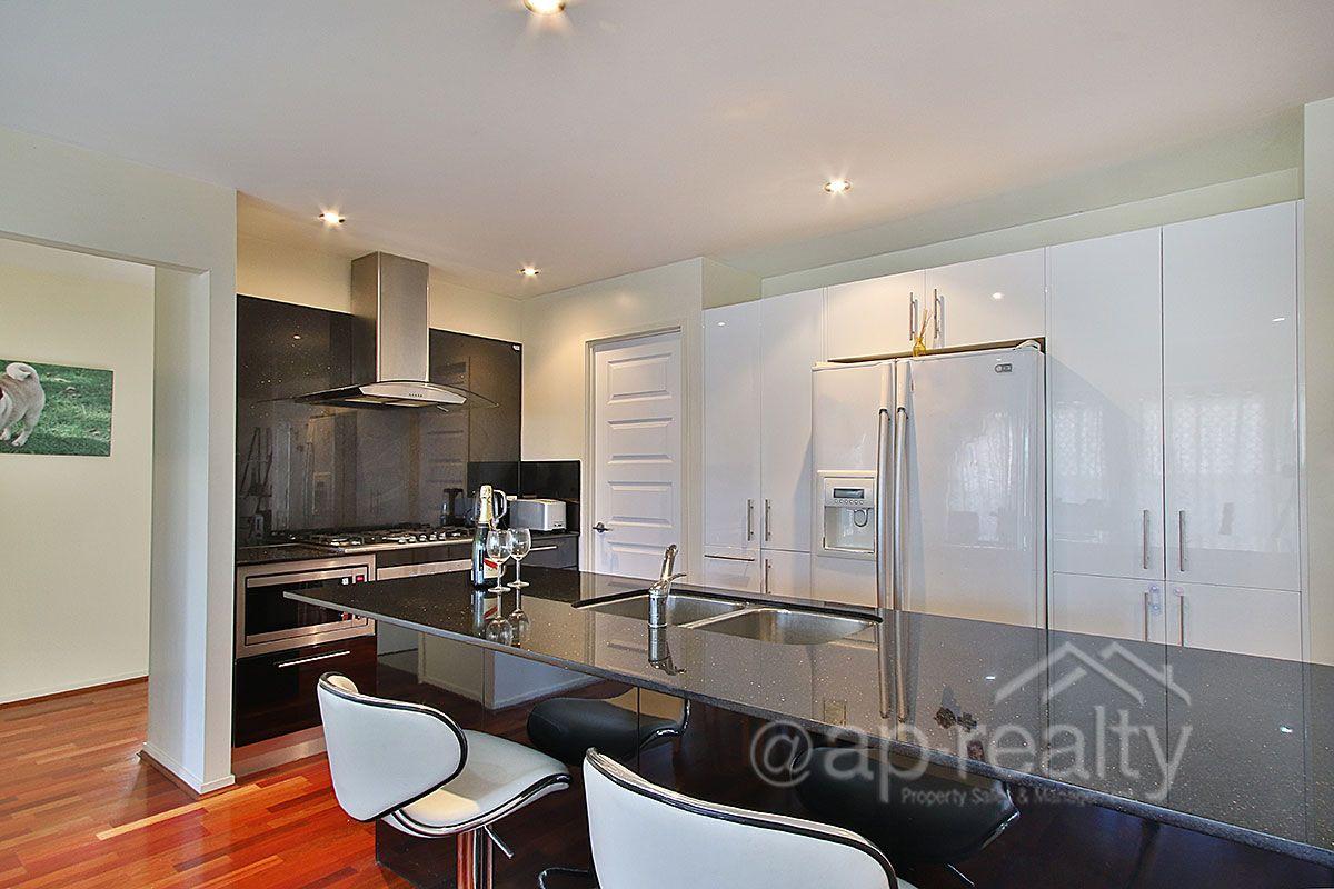 12 Perregreen Street, Doolandella QLD 4077, Image 2