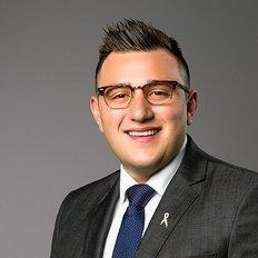 Dimitri Damianos, Sales representative