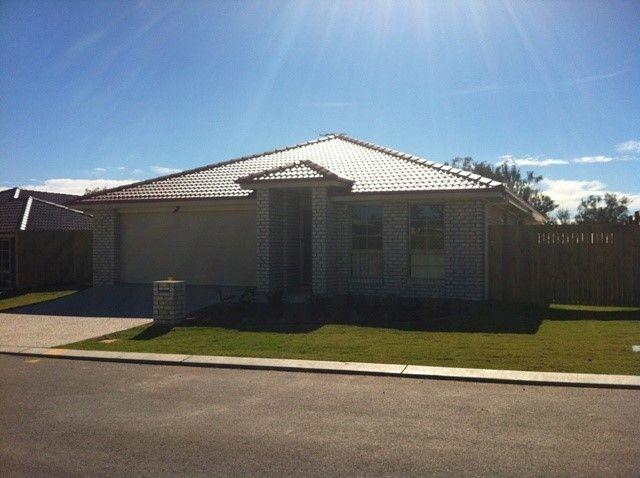 House 28/12 Walnut Cres, Lowood QLD 4311, Image 0