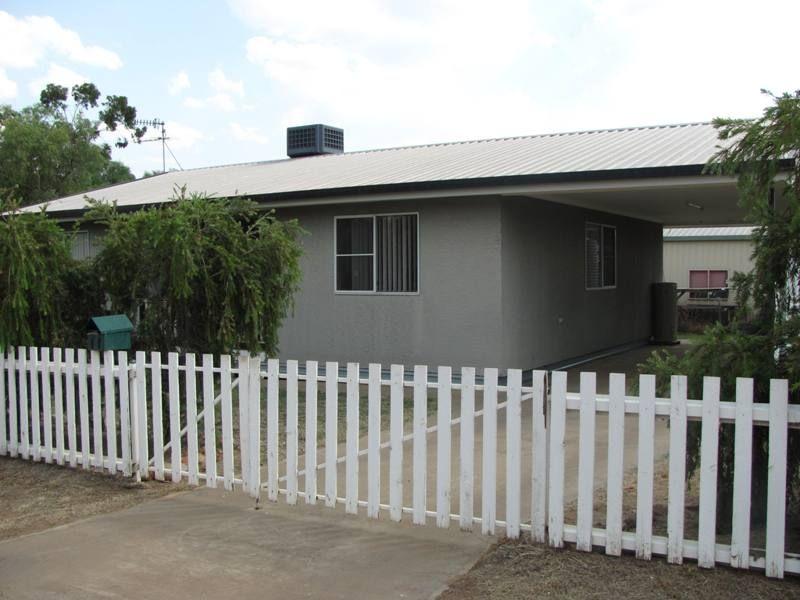 11 Pelican Street, Longreach QLD 4730, Image 0