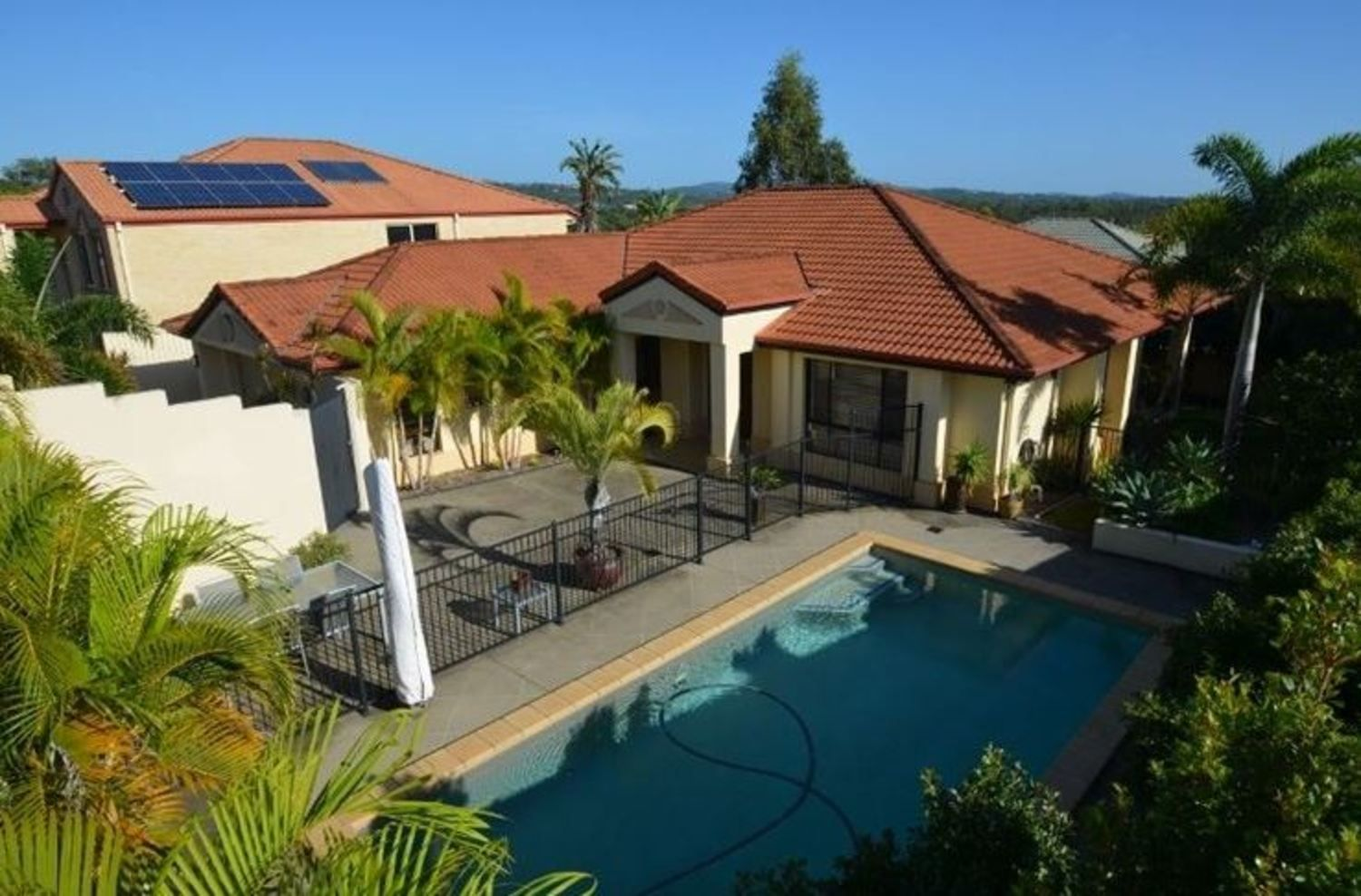 4 Respall Way, Arundel QLD 4214, Image 1