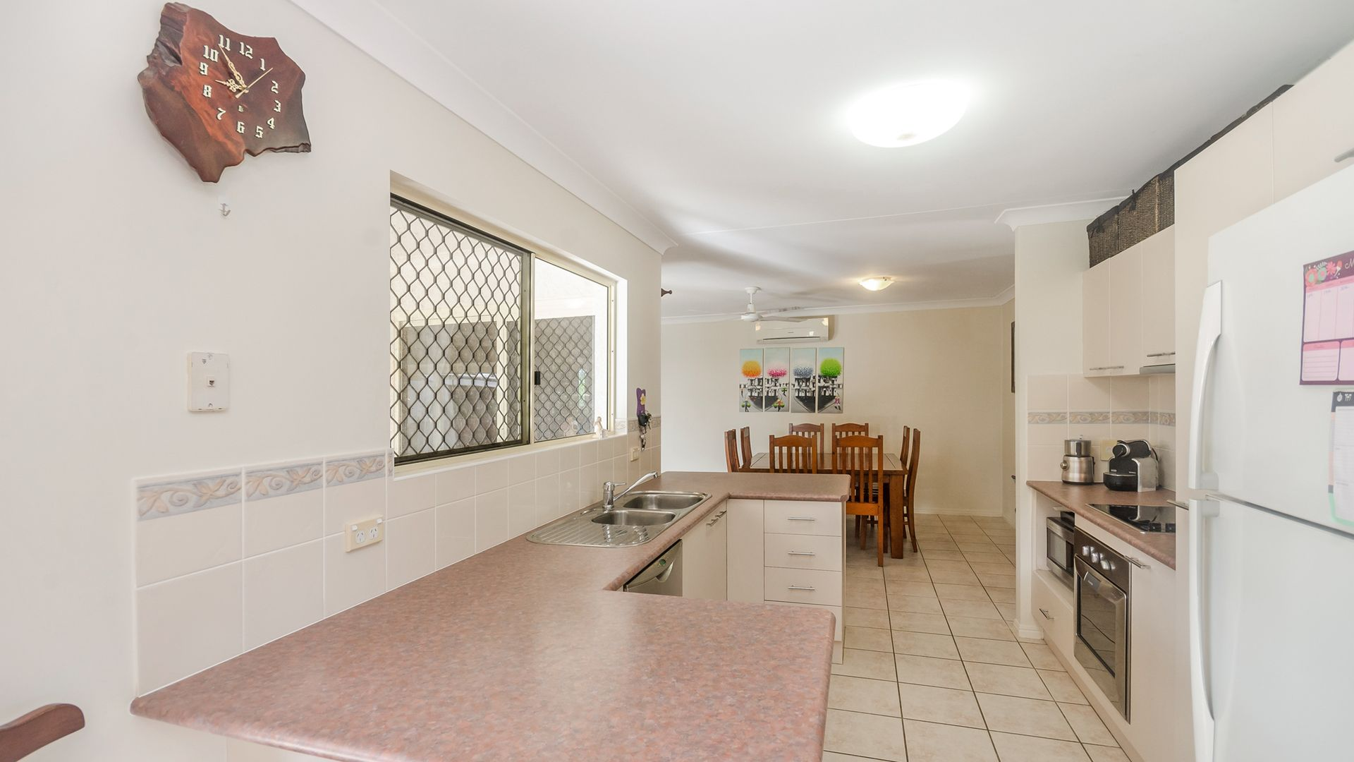10 Loriston Road, Mount Low QLD 4818, Image 2