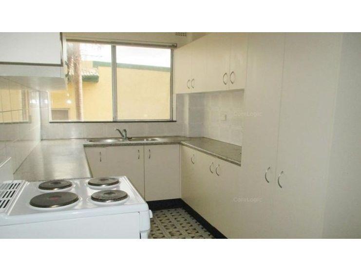 4/249 Haldon Street, Lakemba NSW 2195, Image 2