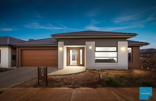 Picture of 5 Suffolk Place, Rockbank VIC 3335