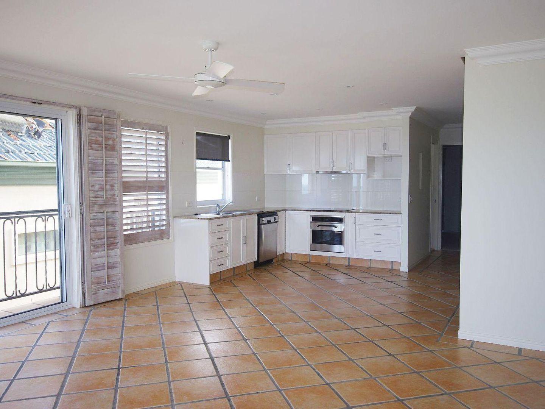 4/211 Jefferson Lane, Palm Beach QLD 4221, Image 1