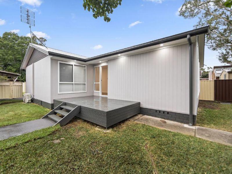 14 Emerald Place, Berkeley Vale NSW 2261, Image 0