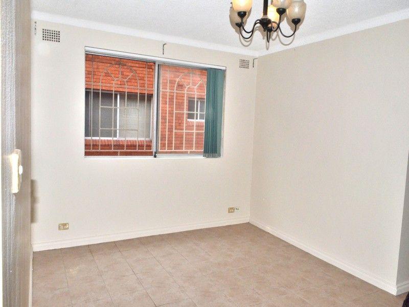 1/41 Matthews St, Punchbowl NSW 2196, Image 2