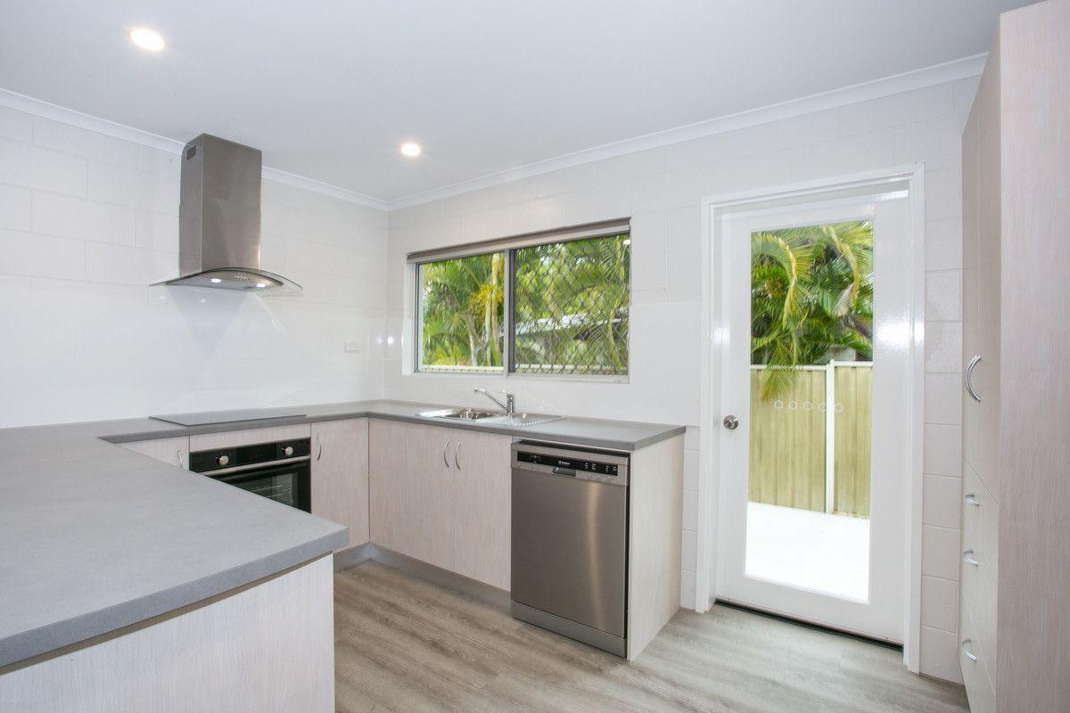 1/13 Huon Street, Trinity Beach QLD 4879, Image 2