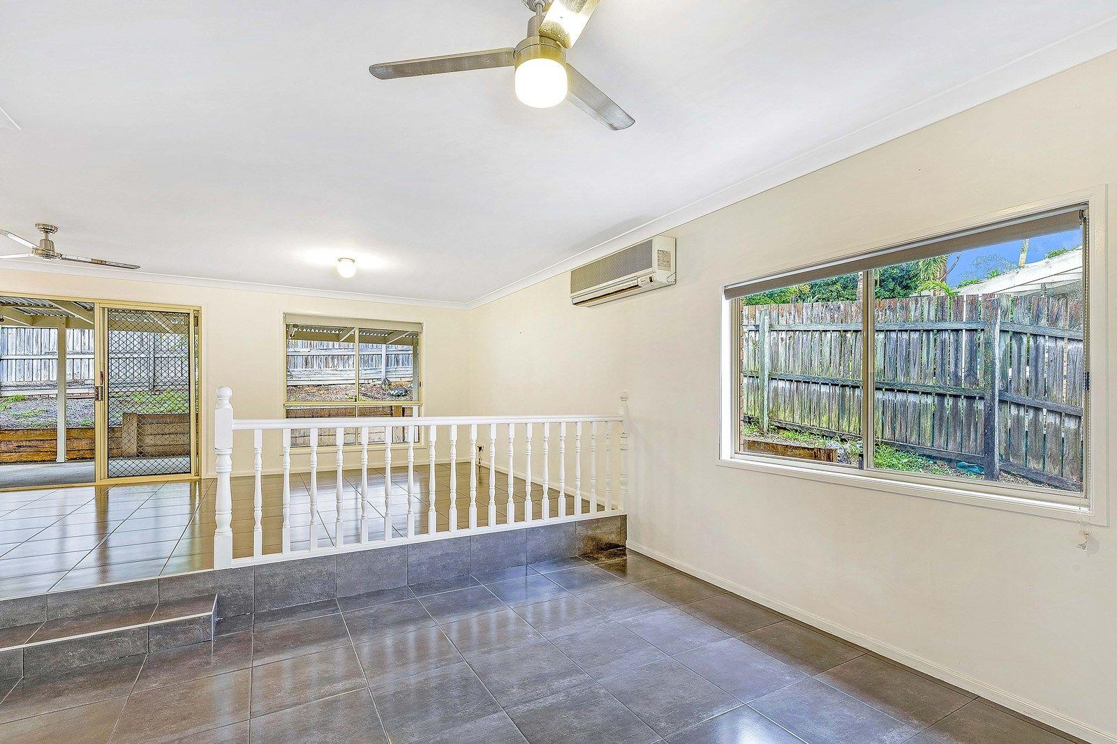 12 Ridgepointe Drive, Cornubia QLD 4130, Image 2
