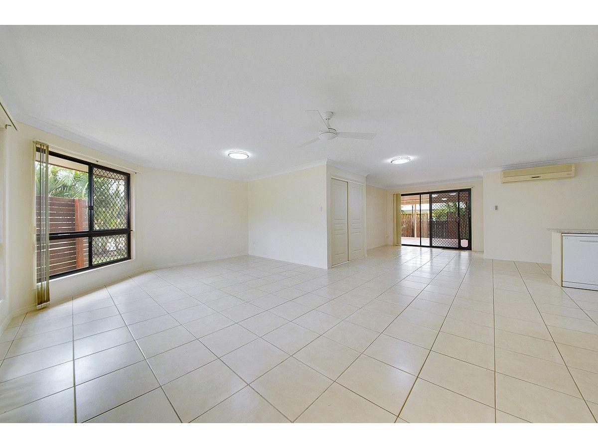 62 Bottlebrush Drive, Lammermoor QLD 4703, Image 1