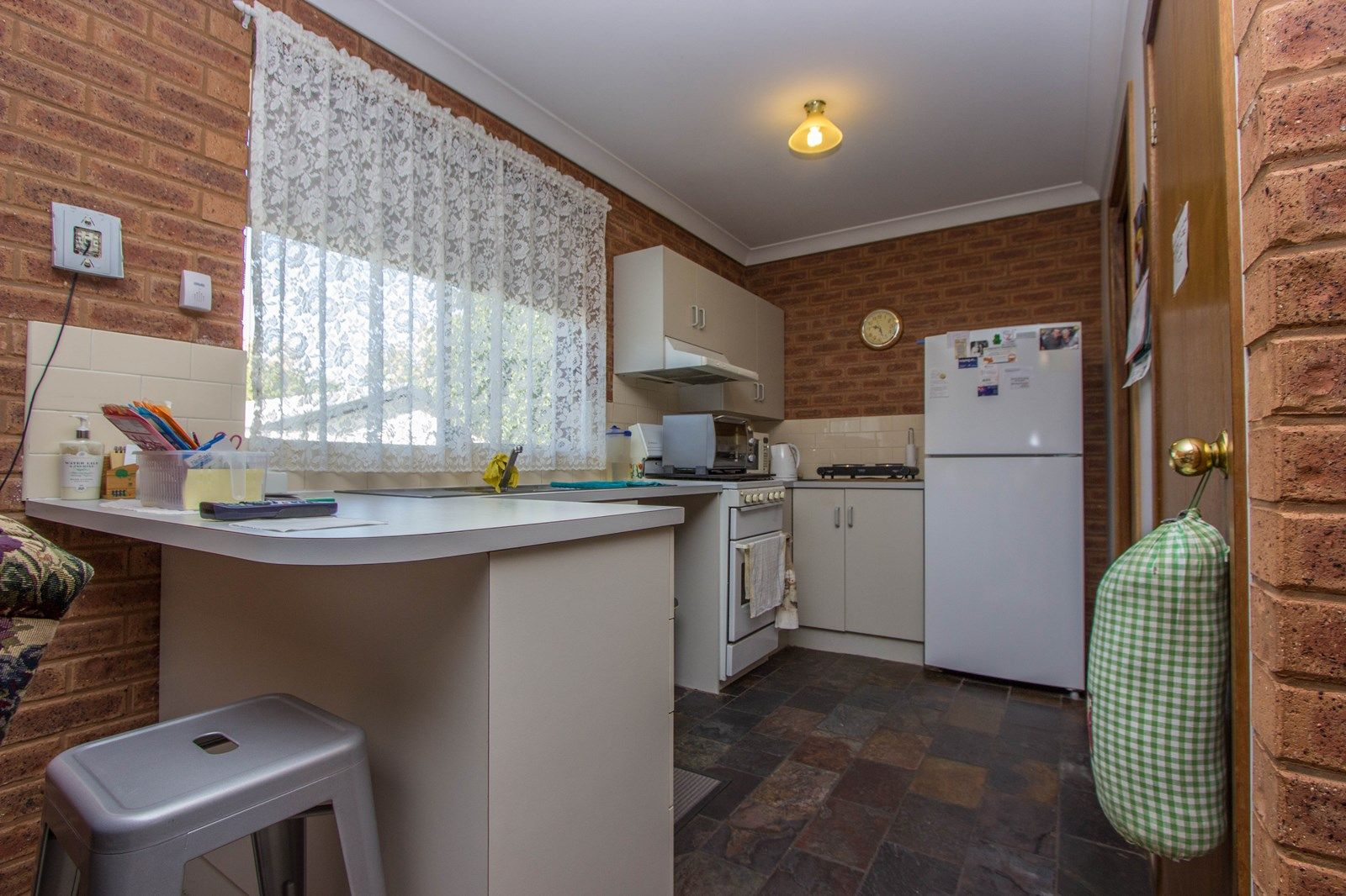 2/6 Crown  Street, Narrandera NSW 2700, Image 2