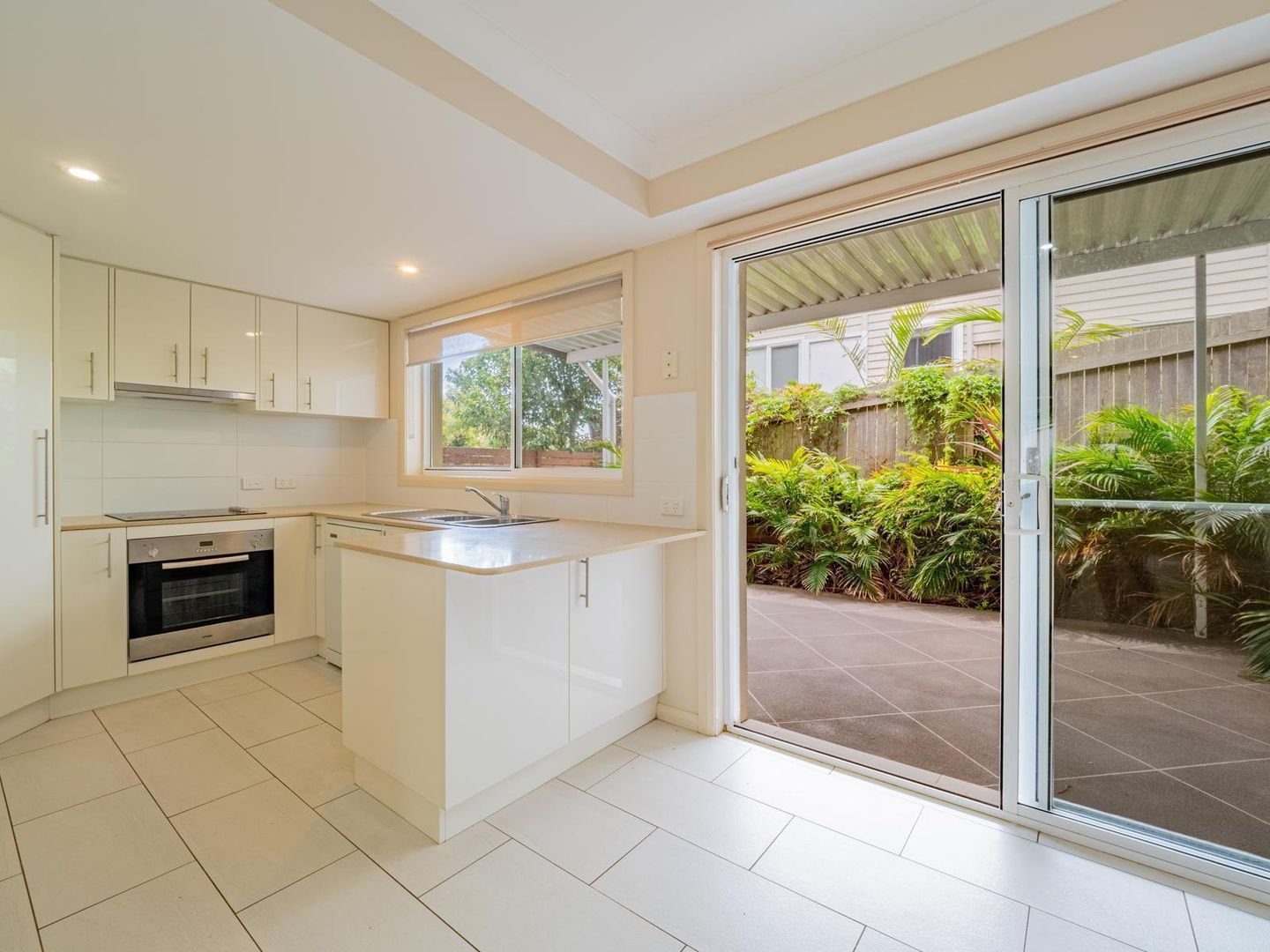 2/129 Pacific Drive, Port Macquarie NSW 2444, Image 1