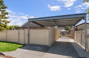 Picture of 2/19 Rouen Avenue, Paradise Point QLD 4216