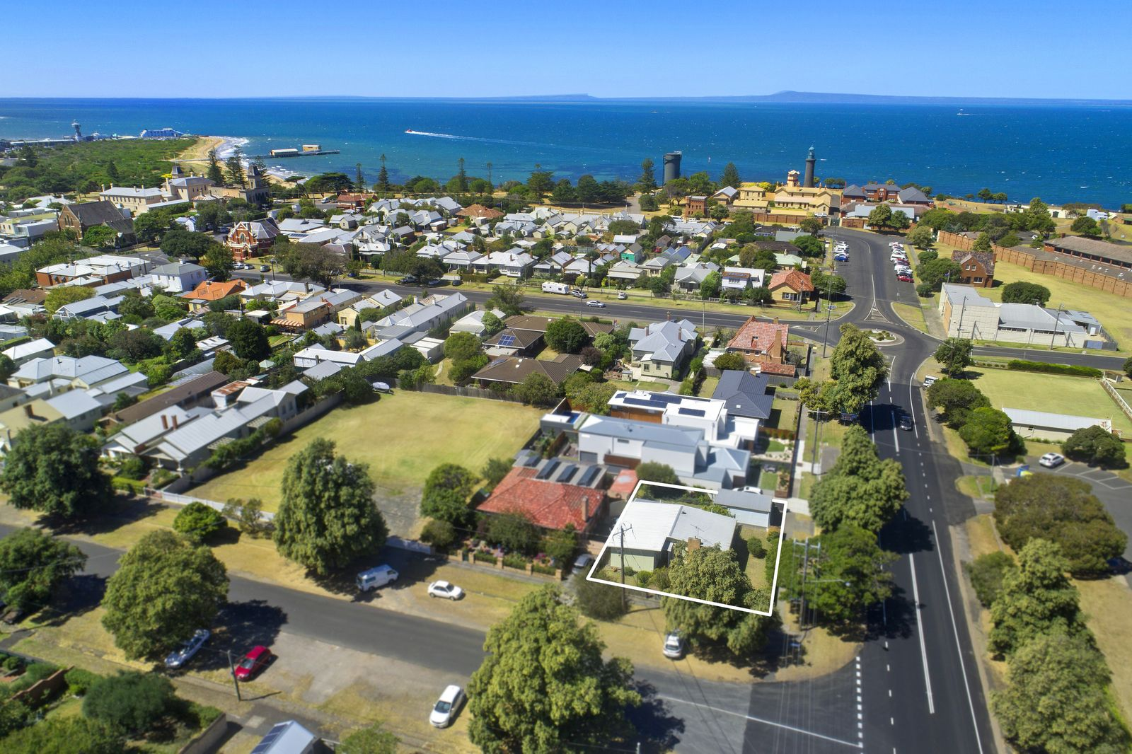 75 Learmonth Street, Queenscliff VIC 3225, Image 0