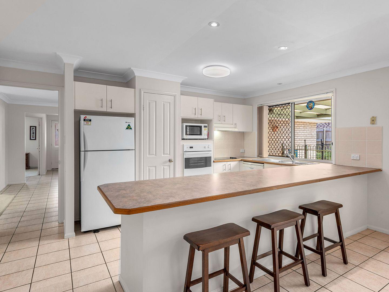 64 Oakmont Avenue, Oxley QLD 4075, Image 1