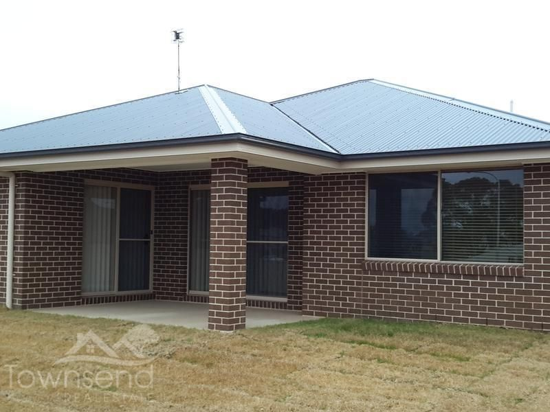 2 Newport Street, Orange NSW 2800, Image 1