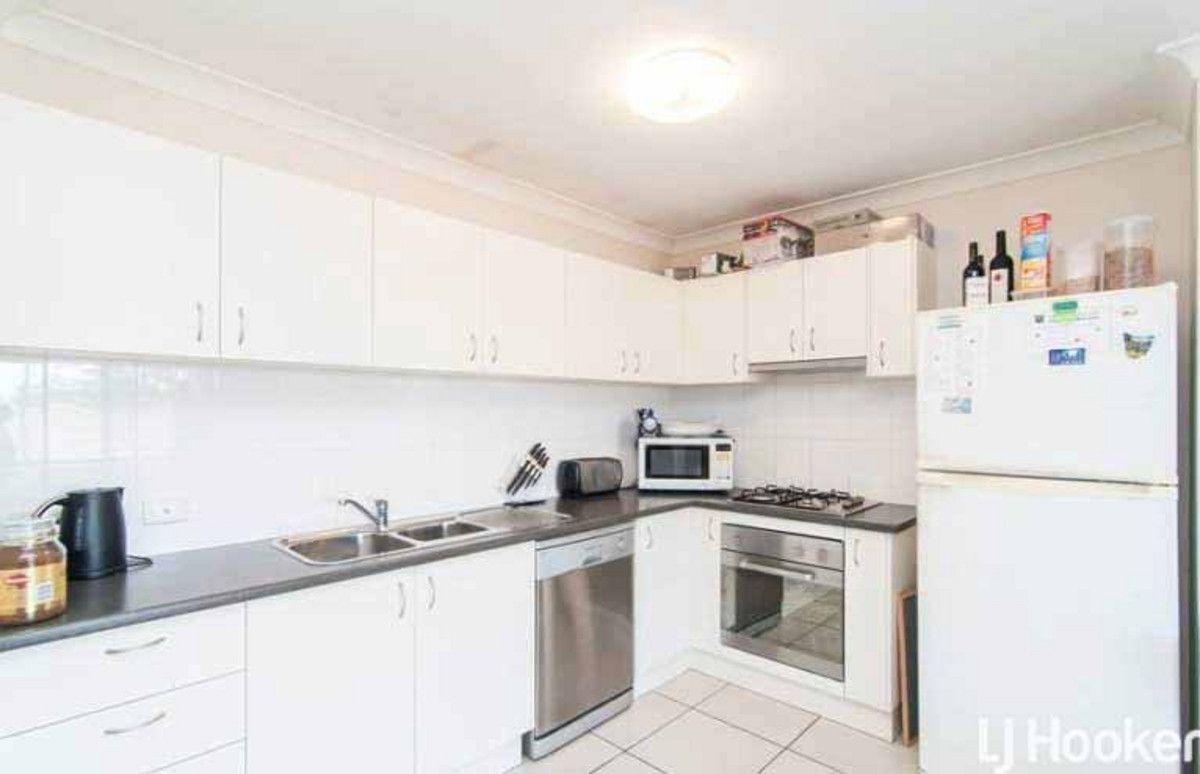 2/14 Oakwood Road, Warner QLD 4500, Image 1