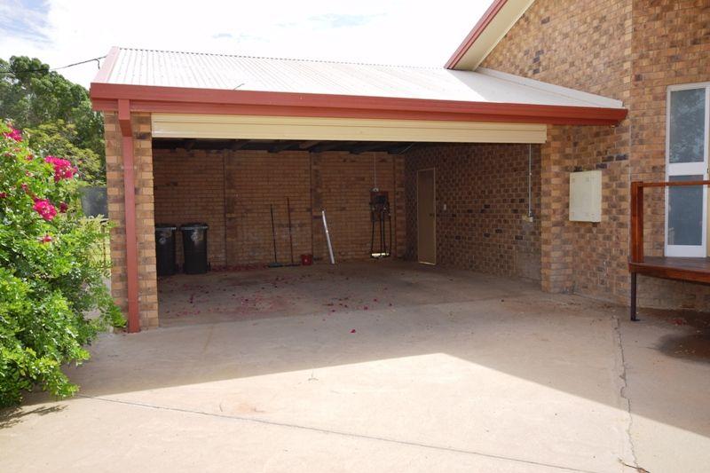 36 Crane Street, Longreach QLD 4730, Image 1