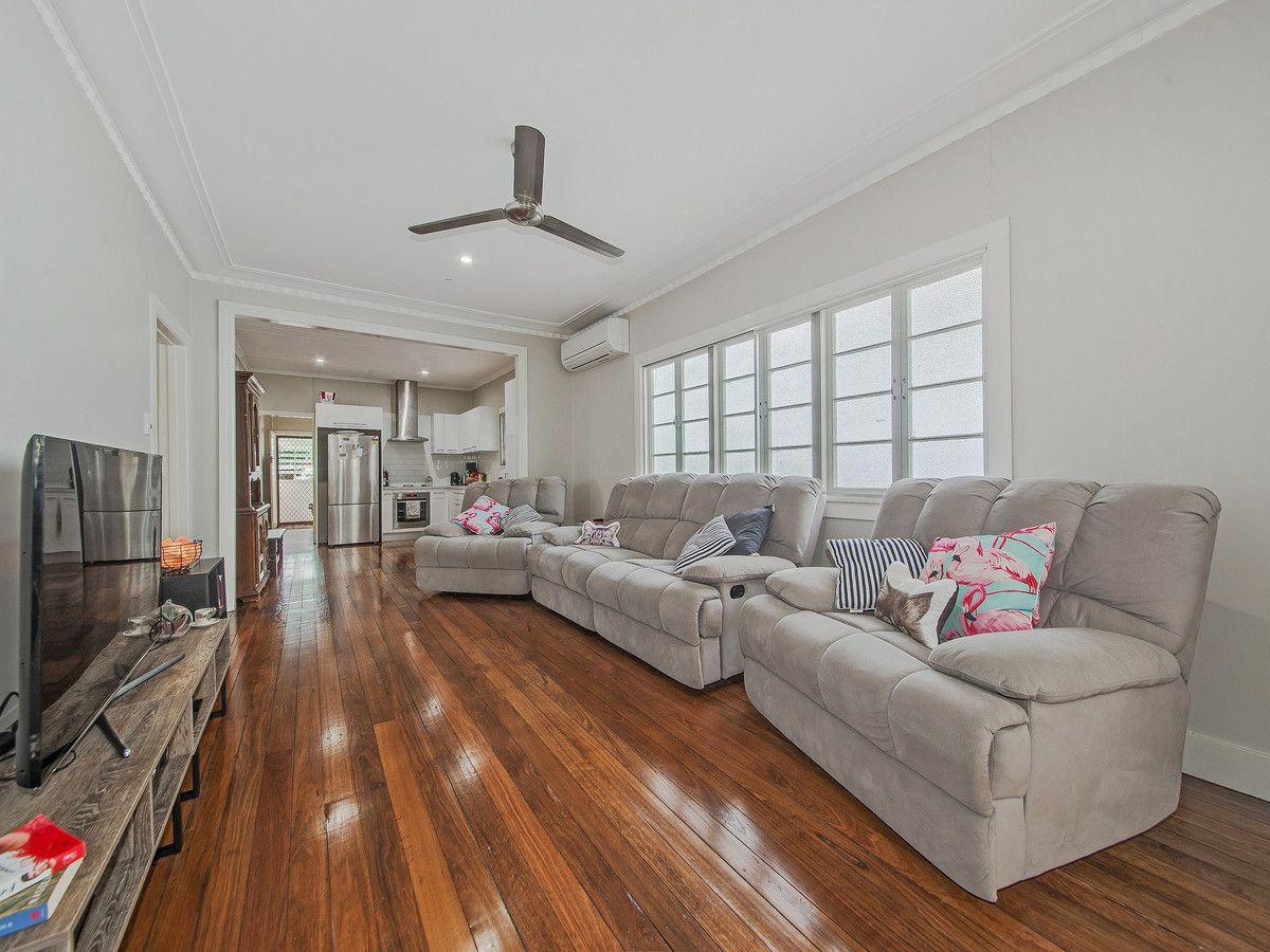 59 Foch Street, Wynnum West QLD 4178, Image 2