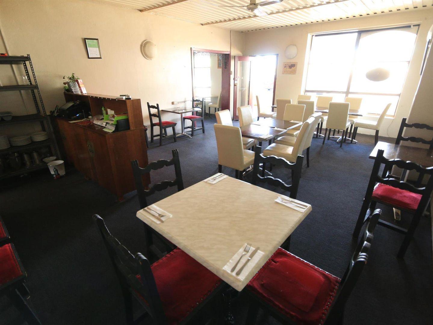 208 John Street, Singleton NSW 2330, Image 2
