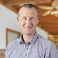 Chris Leonard, Sales representative